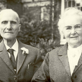 Georges Kolb en Rebecca Ann Hoy bij hun 50-jarig huwelijk, 1964 (foto: privécollectie)