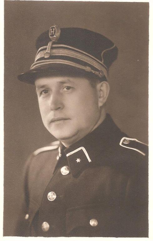 Portretfoto inspecteur Louis Berten (1903-1986), 1945