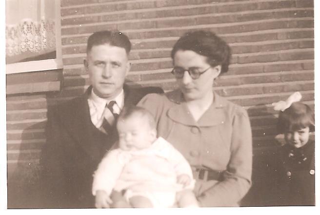 Louis Berten met zijn echtgenote Pauline Quintens, 1940