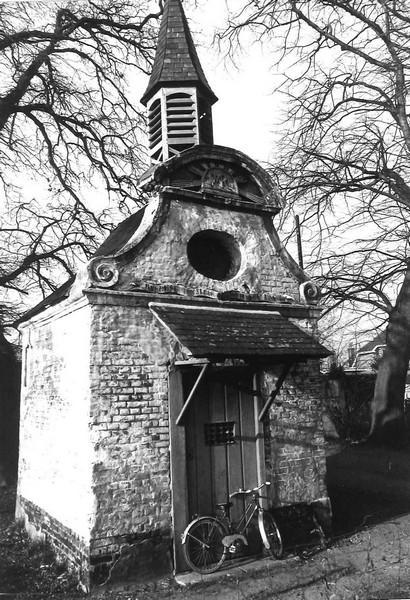 Onze-Lieve-Vrouw-Troost-der-Kleine-Kinderen, Diestersteenweg (uit: Inventaris van het cultuurbezit in België (1981), fig. 219bis - Frieda Schlusmans, 1977 - Vlaamse Gemeenschap)