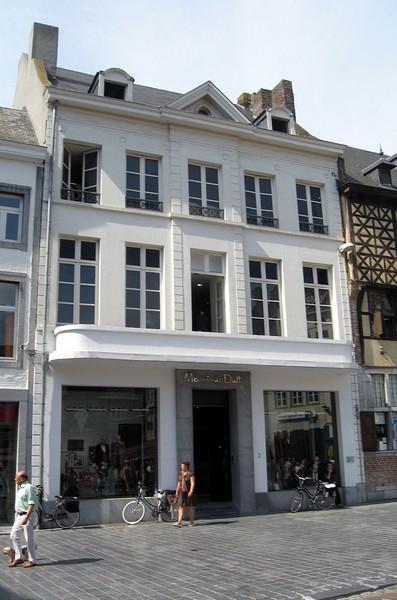 De Hoogbrugge, Grote Markt 2 (foto: Sonuwe, 2011)