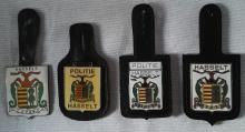 Hasseltse politie: lederen borsthangers, gedragen op uniform en helm van 1974 tot 2000 (foto: privécollectie)
