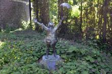 Het Regenboogkind (uit: Standbeelden.be)