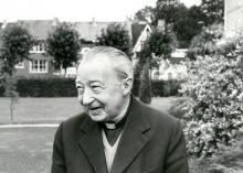 Portretfoto Mgr. Jozef Heusschen (1915-2002) (foto: Kerknet)