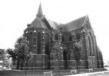 Sint-Hubertuskerk Runkst (uit: Inventaris van het cultuurbezit in België (1981), fig. 857 bis - Frieda Schlusmans, 10-1975 - Vlaamse Gemeenschap)