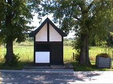 Kapel Onze-Lieve-Vrouw in Nood, Singelbeekstraat (uit: http://kadoc.kuleuven.be/kapelletjes/images/lim/45has658441.jpg, 2000)