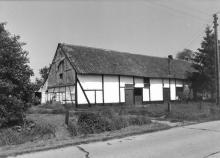 Vakwerkhoeve, Wijerstraat 128 (uit: Inventaris van het cultuurbezit in België (1981), fig. 904 - Frieda Schlusmans, 05-1976 - Vlaamse Gemeenschap)