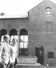 Witte Nonnenstraat 28 (uit: Een borrelhuis tegenover Nationaal Jenevermuseum (1989))