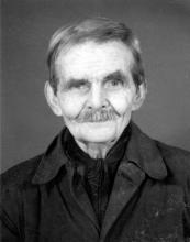 Portretfoto Alfons Ceulemans (uit: Kuringen Sint-Jansheide Schimpen Tuilt Stokrooie / Warm aanbevolen (2004), p. 87)